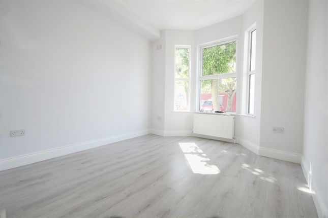 Thumbnail Flat to rent in Outgate Road, London
