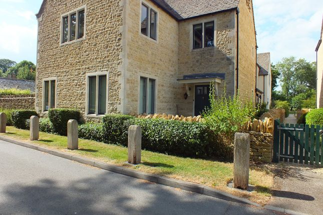 Thumbnail Flat for sale in Mill Place, Cirencester