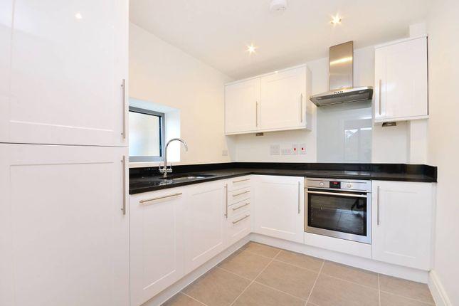 Thumbnail Flat to rent in Hartington Road, West Ealing, London