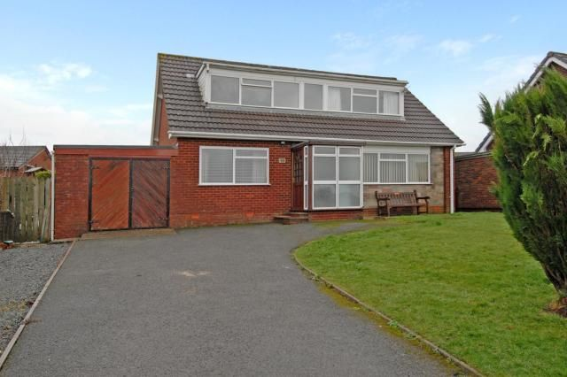 Thumbnail Detached bungalow for sale in Holcombe Avenue, Llandrindod Wells, Powys