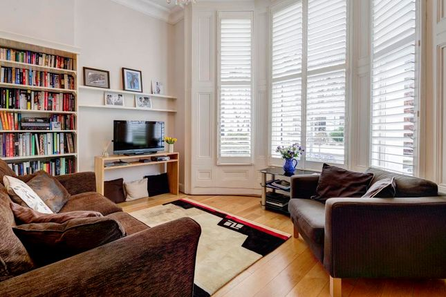Thumbnail Flat for sale in Oxford Gardens, London