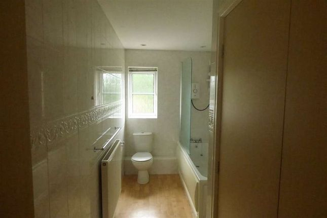 Thumbnail Flat to rent in 24 Bloomfield Cl, Ch/Hulme