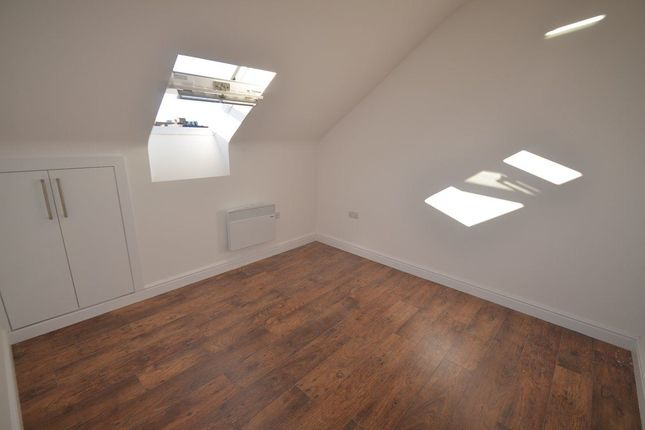 Thumbnail Flat to rent in Lincoln Court, City Centre