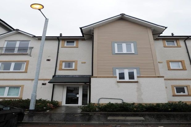 Thumbnail Flat to rent in Chandlers Court, Riverside, Stirling