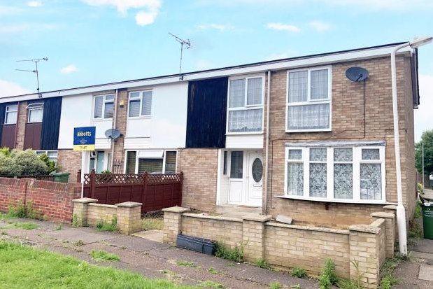 3 bed property to rent in Elsenham Crescent, Basildon SS14