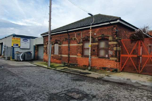 Thumbnail Industrial to let in West Dock Street, Hull, East Yorkshire