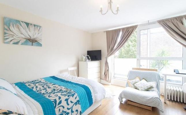 Thumbnail Flat for sale in Sanders Way, London