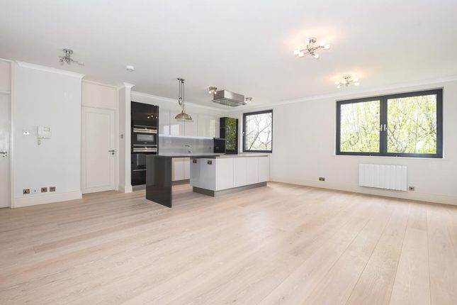 3 bed flat for sale in Lavington, London NW6,