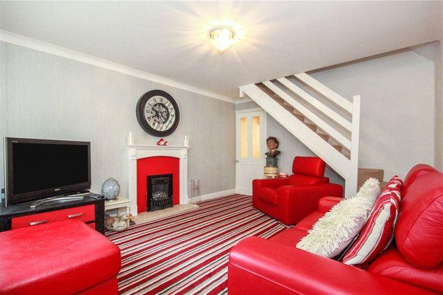 Picture No. 20 of Grove Close, Winsford, Cheshire CW7
