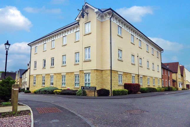 Thumbnail Flat to rent in Ashcombe Crescent, Witney, Oxfordshire