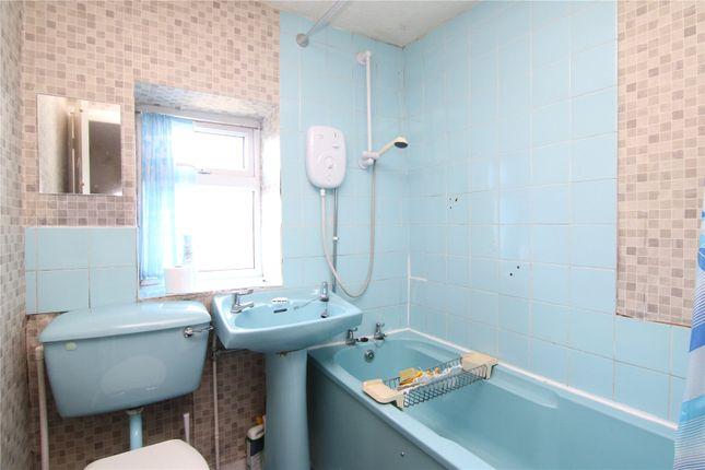 Bathroom of Fold Lane, Cowling BD22