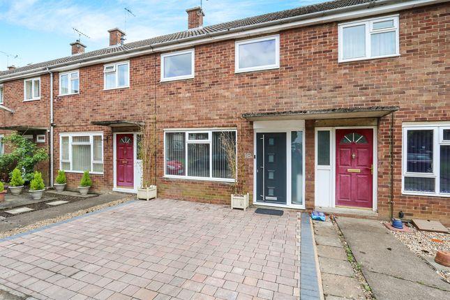Thumbnail Terraced house for sale in Shillitoe Close, Bury St. Edmunds