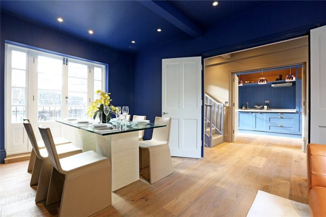 2 bed maisonette for sale in White Horse Street, Mayfair, London