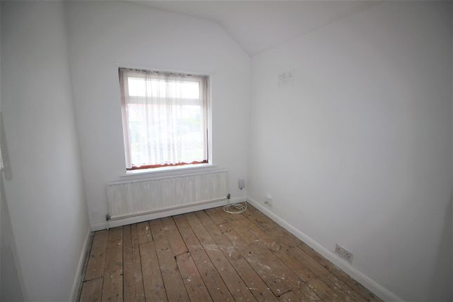 Bedroom 3 of Limesdale Gardens, Burnt Oak, Edgware HA8