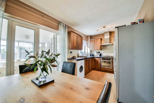 Thumbnail Semi-detached house to rent in Shore Avenue, Briercliffe, Burnley