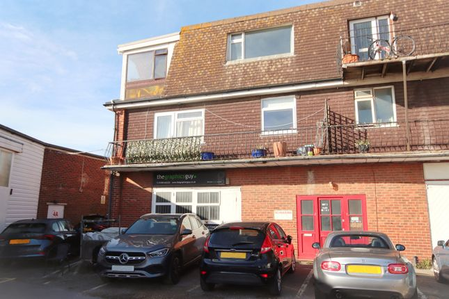 3 bed flat for sale in Laundry Lane, Milford On Sea SO41