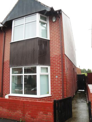 Thumbnail Semi-detached house to rent in Burns Street, Mansfield