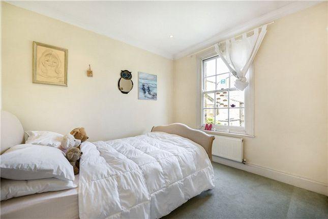 Picture No. 10 of Aulton Place, Kennington, London SE11