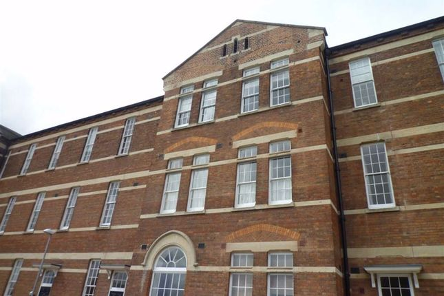 Thumbnail Flat to rent in Hillier Road, Devizes, Wiltshire