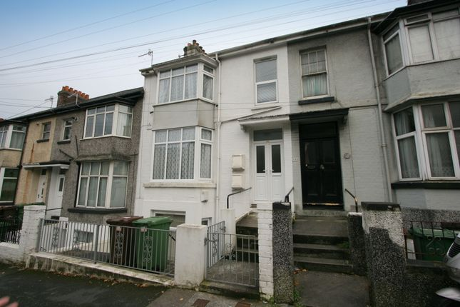 Thumbnail Flat to rent in Old Laira Road, Laira