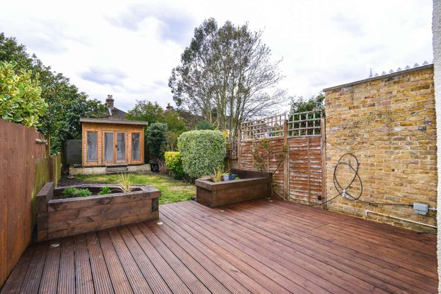 2 bed semi-detached house to rent in Newbury Road, Bromley, London BR2