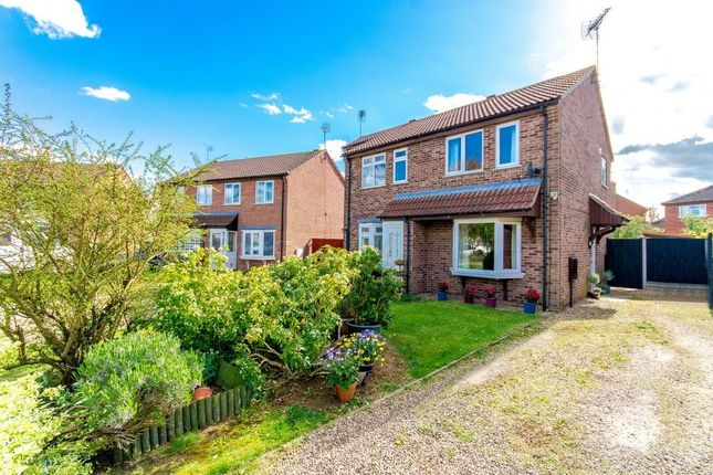 Thumbnail Semi-detached house to rent in Sandhurst Crescent, Sleaford, Lincolnshire