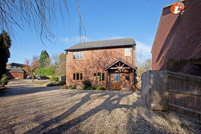 Thumbnail Detached house to rent in St. Swithins Close, Wickham, Newbury