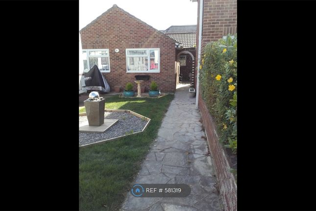 Thumbnail Bungalow to rent in Lee-On-The-Solent, Lee-On-The-Solent