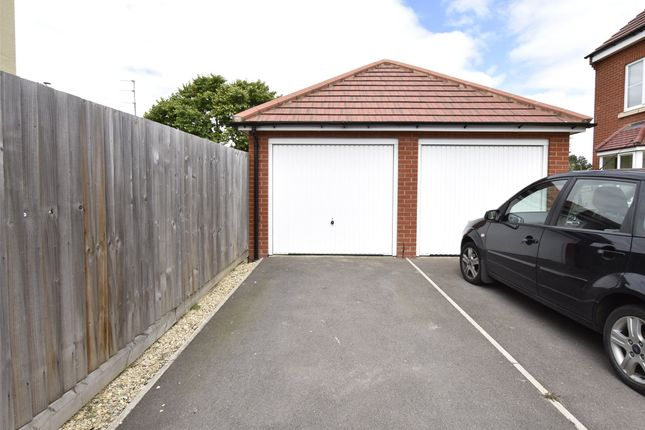 Picture No. 02 of New Dawn Close, Bishops Cleeve, Cheltenham GL52