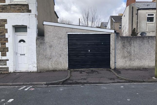 Parking/garage to rent in May Street, Cathays Cardiff