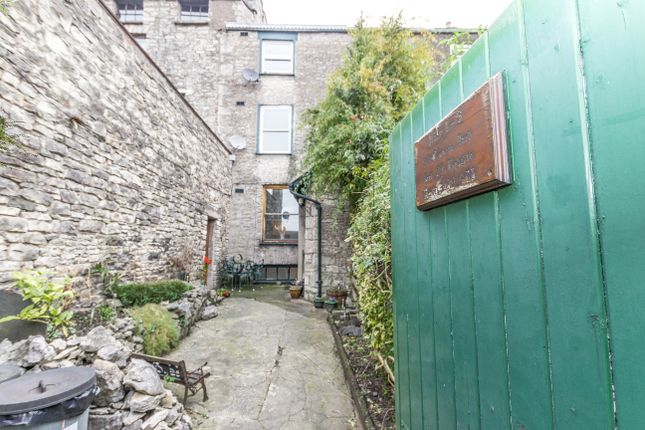 Thumbnail Flat for sale in Flat 2, 20 Tanners Yard, 39 Highgate