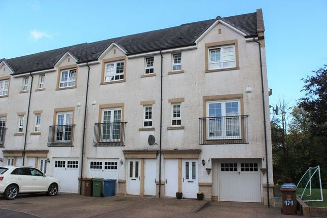 Thumbnail Town house for sale in Parklands Oval, Crookston, Glasgow