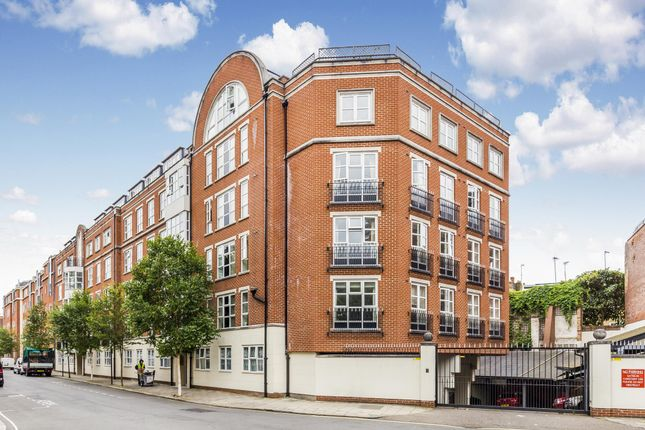 Thumbnail Flat for sale in Royal Westminster Lodge, Elverton Street, Westminster