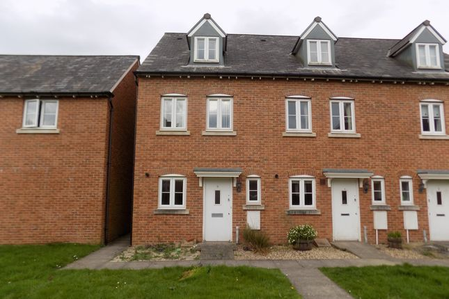 Thumbnail Town house to rent in Jamaica Walk, Coedkernew, Newport