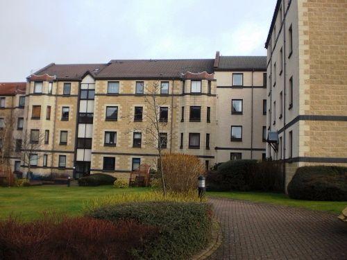 Thumbnail Flat to rent in West Bryson Road, Polwarth, Edinburgh EH11,