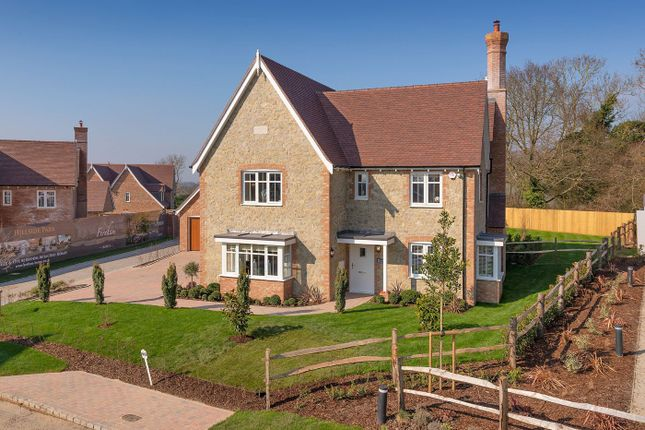 5 bed detached house for sale in Vicarage Fields, Maidstone ME17