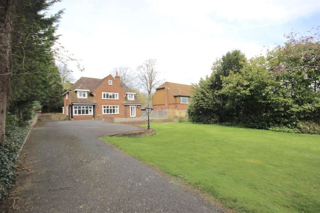 Thumbnail Detached house for sale in East Street, Fareham