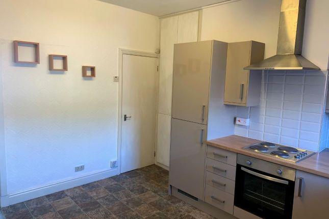 Kitchen 2 of City Road, Sheffield S2