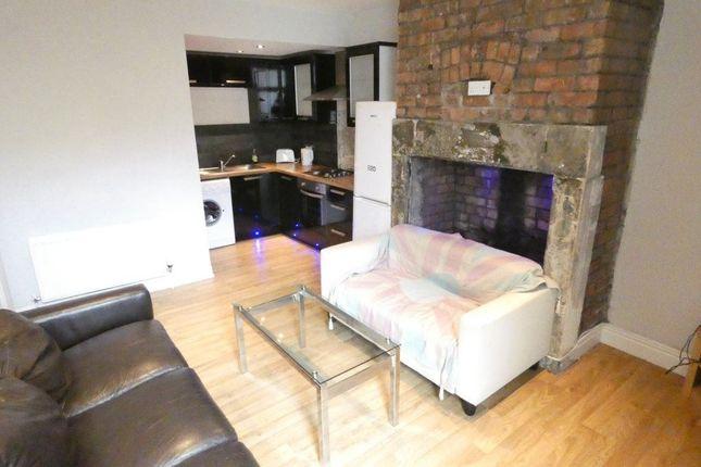 Thumbnail Flat to rent in Grosvenor Gardens, Newcastle Upon Tyne