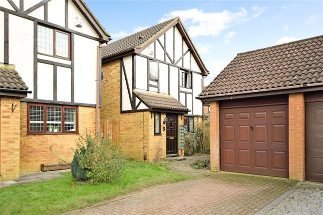 3 bed detached house for sale in Peartree Close, Toddington, Dunstable LU5