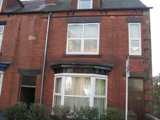 Thumbnail Flat to rent in Machon Bank, Nether Edge, Sheffield