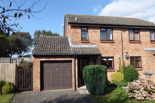 2 bed semi-detached house to rent in Jubilee Close, Cam, Dursley GL11