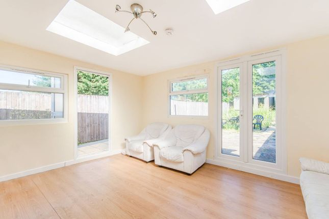 Thumbnail Property to rent in Long Elmes, Harrow Weald