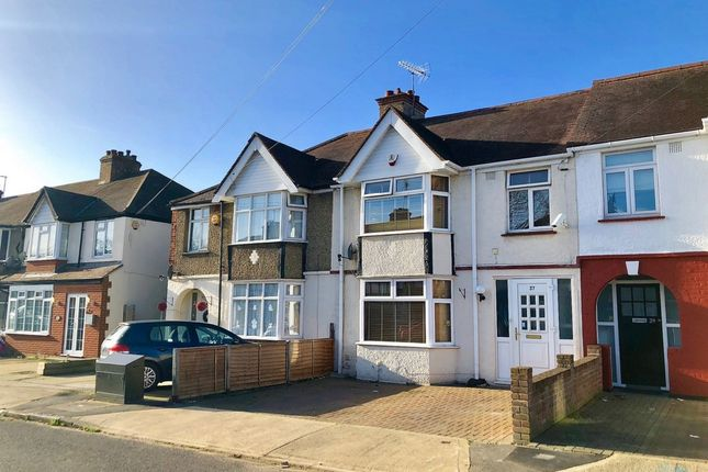 3 bed terraced house for sale in Parkfield Avenue, Hillingdon