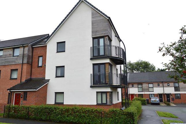 Thumbnail Flat for sale in Shillingford Road, Chadderton, Oldham