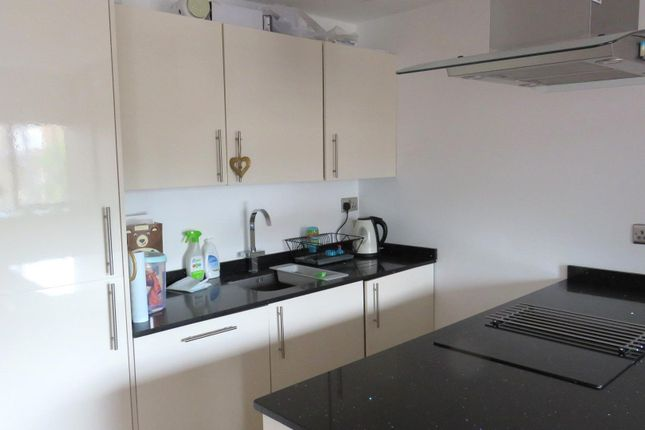 Thumbnail Flat to rent in Waterhouse Street, Hemel Hempstead