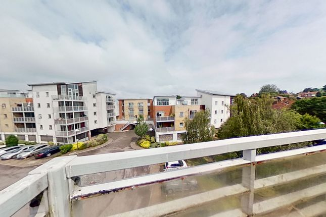 Thumbnail Flat to rent in Kingfisher Meadow, Maidstone, Kent