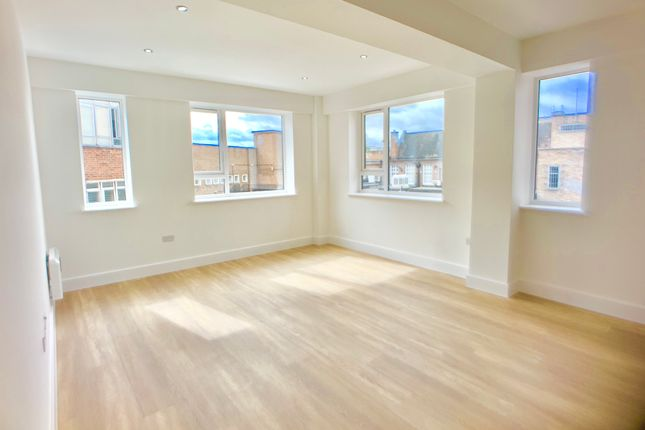 Flat to rent in Dane Street, Bedford