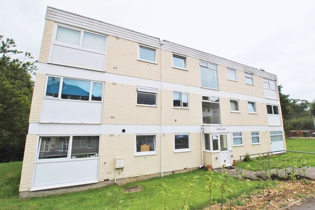 Thumbnail Flat for sale in Lawrence Grove, Southampton
