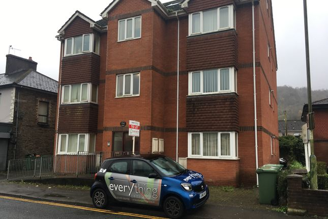 Thumbnail Flat to rent in St Mary Street, Risca
